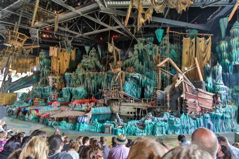 Josh Goes to Universal – The Lost Continent – easyWDW