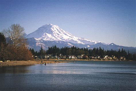 Climate Change Could Ruin Drinking Water Plans for Lake