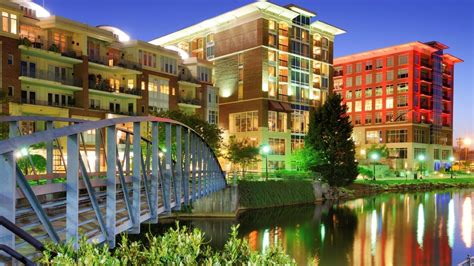 Southeast Discovery Shares 6 Reasons Why Greenville, South