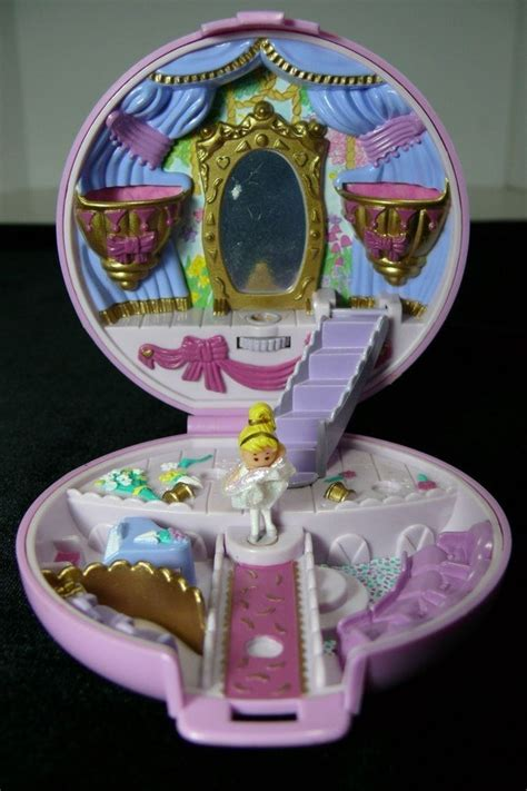 21 'Polly Pocket' Sets That Will Bring Your Childhood
